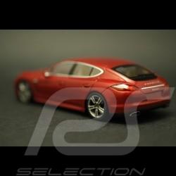 Porsche  Panamera rouge rubis métallisé ref WAP02000119