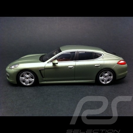 Panamera S Hybrid 2011 vert métal