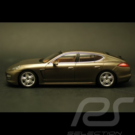 Porsche  Panamera 4 brun topaze métallisé