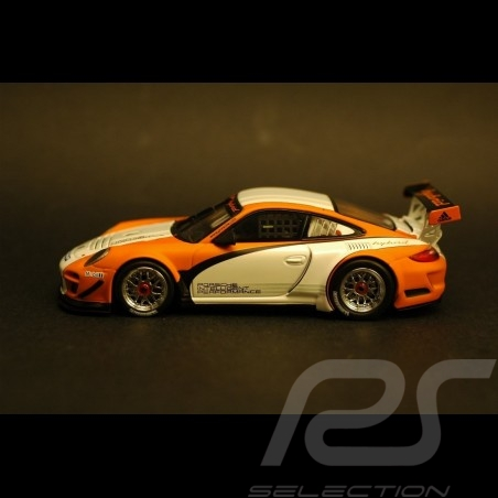 Porsche 911 typ 997 GT3 R Hybrid weiß-orange 1/43 Minichamps WAP0201170C