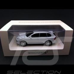 Porsche Cayenne turbo 2007 blanc 1/43 Minichamps 436066270