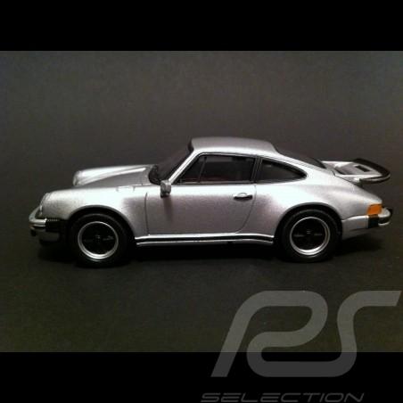 """Porsche 911 Turbo 3.0 """" 40 Jahre Sport Driving School """" silber 1/43 Welly MAP01993214"""