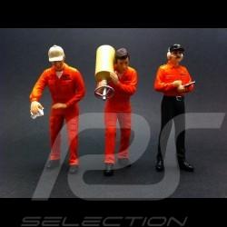 """Set figurines """"Team Jägermeister"""" 1/18 Truescale TSM11AC01"""