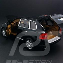 Porsche Cayenne S schwarz 1/18 Maisto 31675