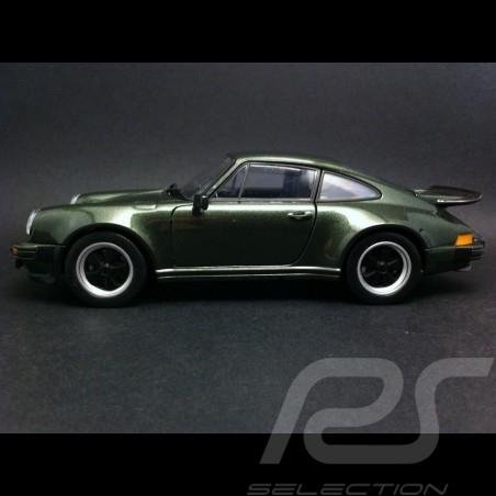 Porsche 911 Turbo 1975 Lichtgrün 1/24 Welly MAP02493114