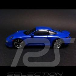 Porsche 991 GTS Club Coupé blau 1/43 Spark WAX02020001