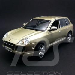 Porsche Cayenne Turbo champagne 1/18 Maisto WAPC2100113