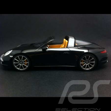 Porsche 991 Targa 4S schwarz 1/18 GT Spirit ZM012