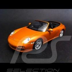 Porsche 997 Carrera 4 Cabriolet 2008 - 2012 gold 1/43 Minichamps WAP02001618