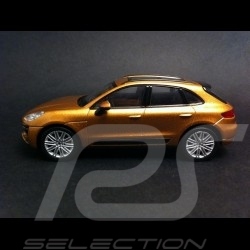 Porsche Macan 2015 or 1/43 Welly MAP01995215