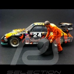 Mechaniker orange 1/18 Diorama modell AE180117