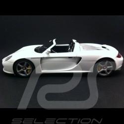 Porsche Carrera GT blanc 1/18 Autoart 78045