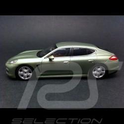 Porsche Panamera S Hybrid 2011 vert métal 1/43 Minichamps WAP0205010A