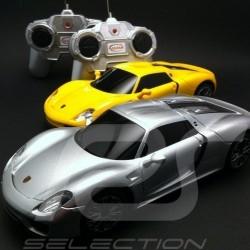 Duo Porsche 918 Spyder jaune / grise radiocommandée 27 / 40 MHz 1/24