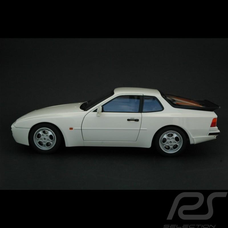 Porsche 944 Turbo Porsche 944 Turbo 2 5 250 Ch Coupe Rouge Occasion 19 999