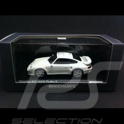 Porsche 993 Turbo S 1998 white 1/43 Minichamps CA04316001