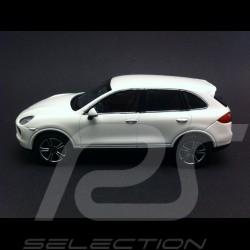 Porsche Cayenne Turbo S 2012 blanc 1/43 Minichamps WAP0200220C