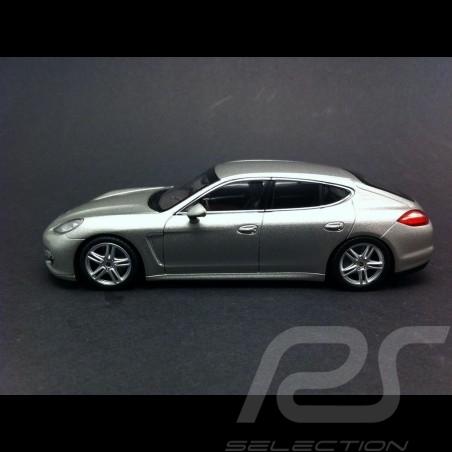 Porsche Panamera Turbo silver 1/43 Minichamps WAP02000519