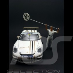 Manfred the mechanic 1/18 Diorama Model FLM118002
