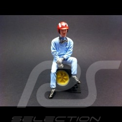 Jo Siffert sitting on tire 1/18 Diorama Model FLM118012
