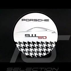Autocollant Porsche 911 50 ans pied de poule Ø 6 cm