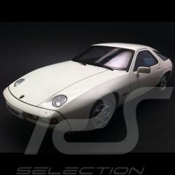 Porsche 928 1980 blanche 1/18 Autoart 77902