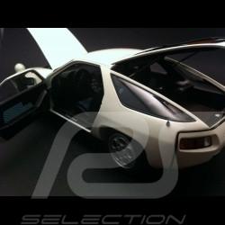 Porsche 928 white 1/18 Autoart 77902