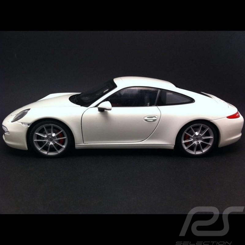 Porsche 991 Carrera S blanche 1/18 Welly 18047
