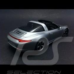 Porsche 991 Targa 4S 2015 gris argent 1/43 Spark S4934