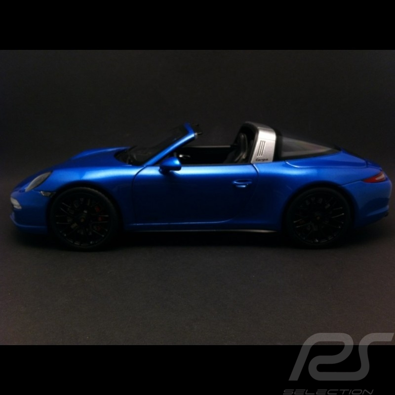 Porsche 991 Targa 4 GTS blau 1/18 Schuco 450039400
