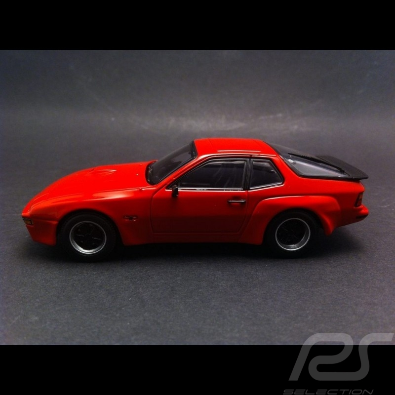 Porsche 924 Carrera GT 1981 india red 1/43 Maxichamps 940066120