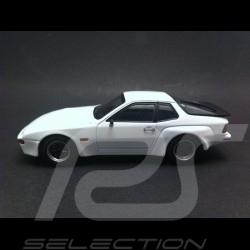Porsche 924 Carrera GT weiss 1981 1/43 Maxichamps 940066121
