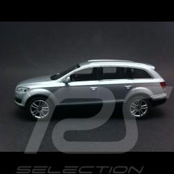 Audi Q7 gris argent 1/43 Schuco 5010507613