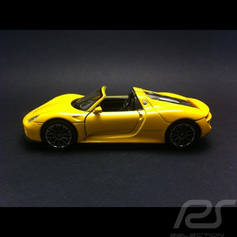 porsche 918 spyder pull back toy welly yellow selection rs. Black Bedroom Furniture Sets. Home Design Ideas