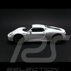 Porsche 918 Spyder white pull  back toy Welly MAP01026016