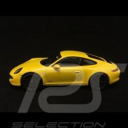 Porsche 911 type 991 Carrera GTS Coupé Racing Yellow 1/43 Schuco 450757200