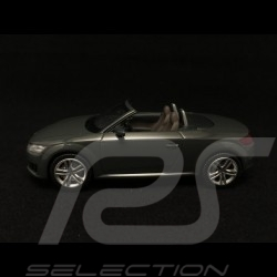 Audi TT coupé phase III floret silver grey 1/43 Kyosho 5011400413