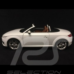 Audi TT Roadster phase III glacier white 1/18 Minichamps 5011400515