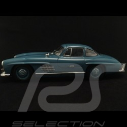 Mercedes 300 SL gullwing doors 1954 light blue 1/18 Minichamps 180039007