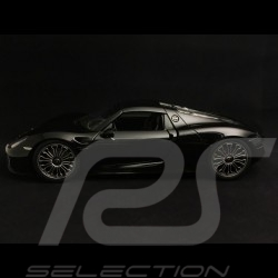Porsche 918 Spyder 2015 black closed version 1/18 Welly MAP02184116