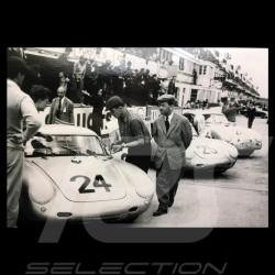 Carte postale Postcard Postkarte Porsche 550 550 coupé au Mans 1955 avec Ferry Porsche Noir et blanc 10x15 cm