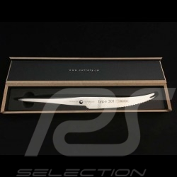 Knife Type 301 Design by F.A. Porsche tomato and cheese knife 12 cm Chroma P10
