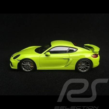 Porsche Cayman GT4 981 2015 light green 1/43 Minichamps CA04316075