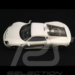 Porsche 918 Spyder 2016 weiß geschlossene Top Version 1/18 Welly 18051 WF
