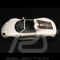 Porsche 918 Spyder 2016 white open top version 1/18 Welly 18051 WO