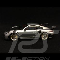 Porsche 911 GT2 RS type 991 silver / black 1/43 Spark WAP0201510J