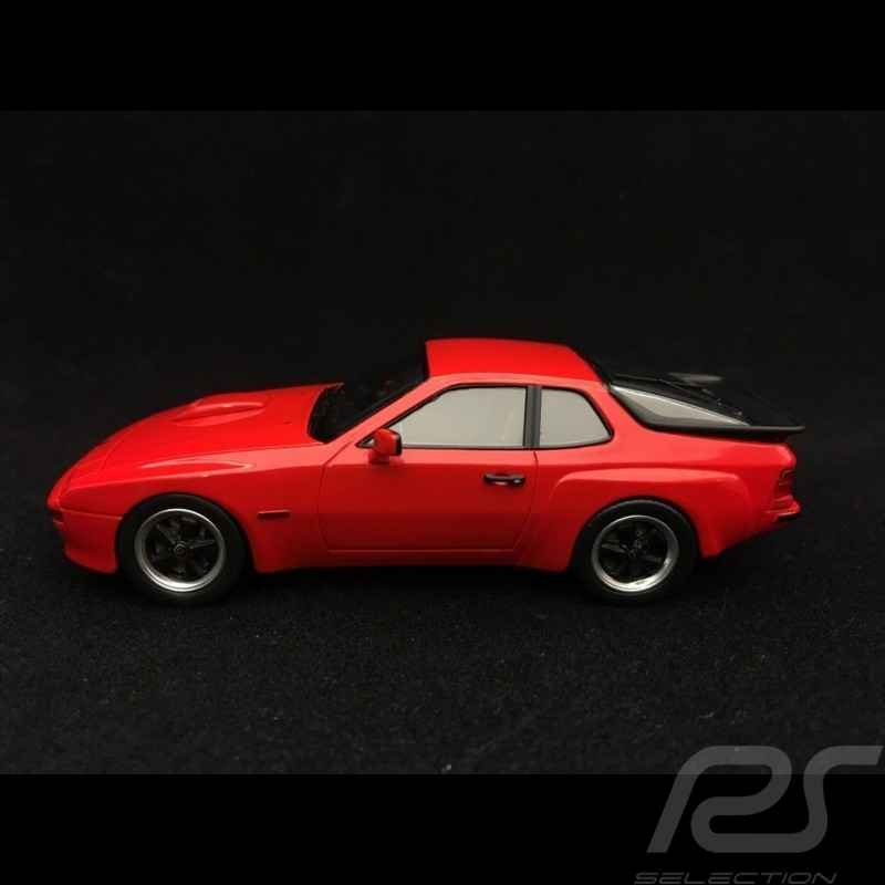 Porsche 924 Carrera GT 1981 rouge indien indian red indischrot 1/43 Schuco 450889600