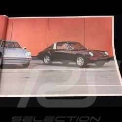 Porsche Brochure Porsche Range 1975 in english 32 pages