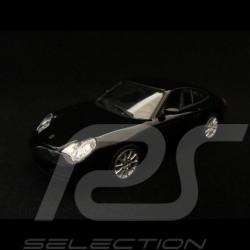Porsche 911 Carrera type 996 2001 schwarz 1/43 Minichamps 940061020