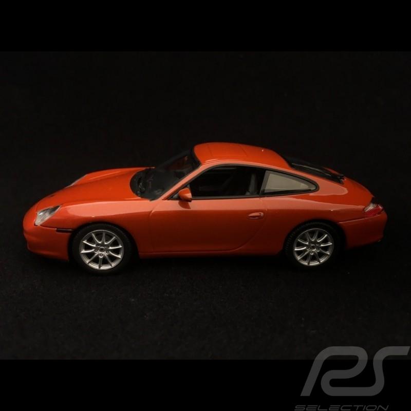 Porsche 911 Carrera type 996 2001 1/43 Minichamps 940061021 rouge orange métallisé red rot metallic